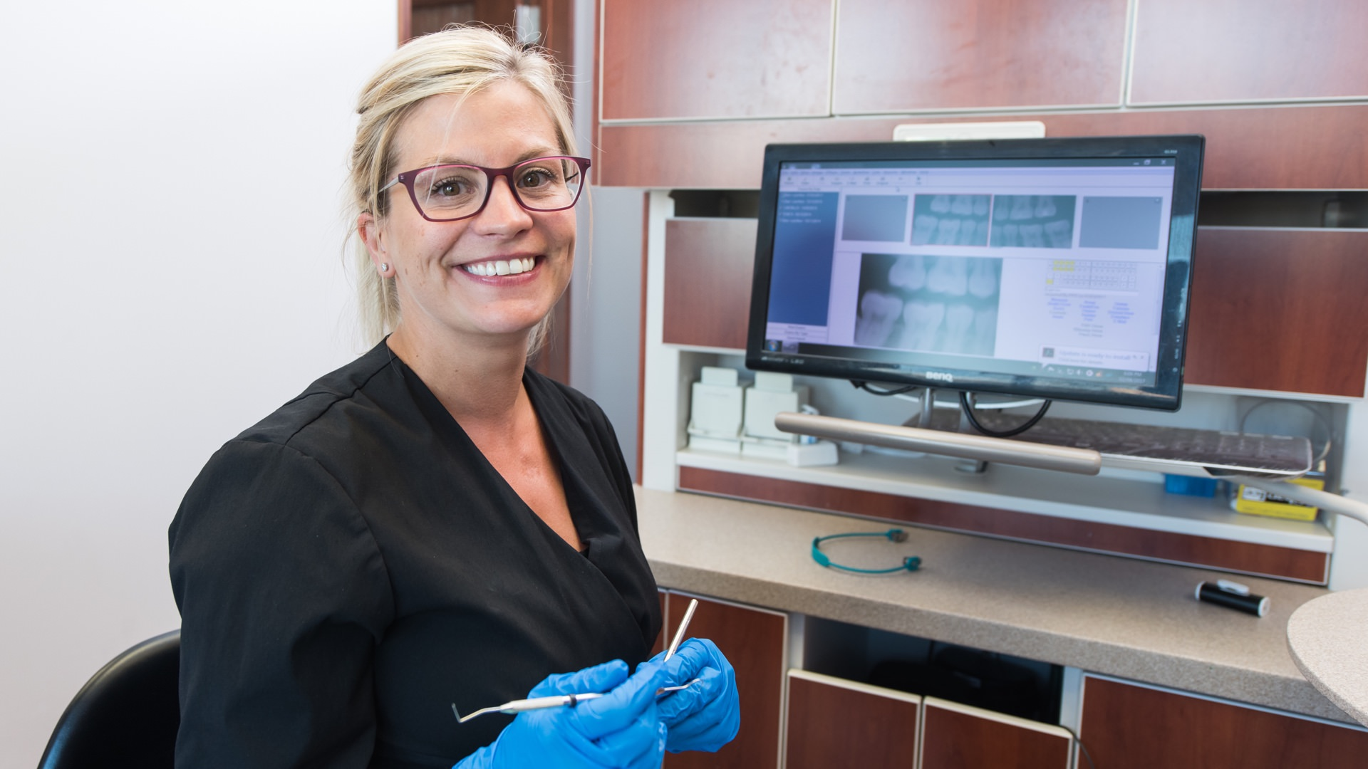 hygienist-smiling